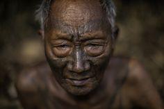 the last head hunters, konyak tribe warrior,nagaland   Flickr - Photo Sharing!