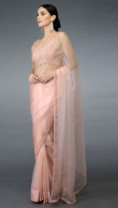 You are in the right place about Saree Styles galleries Here we offer you the most beautiful pictures about the Saree Styles party you are looking for. Indian Designer Outfits, Designer Dresses, Indian Dresses, Indian Outfits, Peach Saree, Grey Saree, Sarees For Girls, Bridesmaid Saree, Formal Saree