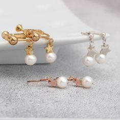 Pearl Wedding Earrings, White Pearl Jewellery for Bride, Star Earrings, Bridesmaid Jewellery, Pearl Drop Earrings Chain Earrings, Statement Earrings, Jewellery Earrings, Pearl Earrings Wedding, Pearl Drop Earrings, Bridesmaid Jewelry, Wedding Jewelry, Bridesmaids, Star Jewelry