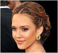Shangri-La: Greek Goddess Wedding Hairstyles  Compliments-  Emily Ferko onto Hair Love