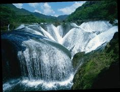 #Yinlianzhuitan, China #waterfalls unprecedented beauty from all over the world - - @frutfahlticon19