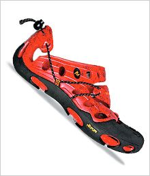 Merrell Vapor - Sandals: The Vapor's lightweight plastic upper protects your feet from all things pokey or prickly, but thanks to a foldable heel, it also converts to slipper mode.