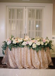 Wedding reception centerpiece idea; photo: Jeremy Chou