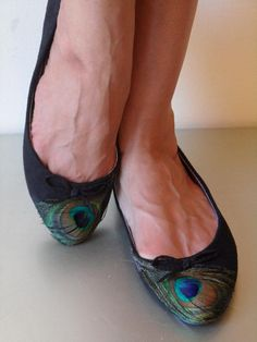 Peacock feather flats, very cute! doable