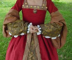 Renaissance Tudor Gowns Gown Dresses Dress Costumes Costume wedding Anne Boleyn wives of King Henry