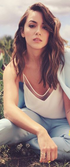 Chloe Bennet | April 2018 | Instagram @ Photoshoot | #chloebennet Beautiful Celebrities, Beautiful Actresses, Beautiful People, Chloe Bennett, Non Blondes, Le Jolie, Gal Gadot, Look At You, Hollywood Actresses