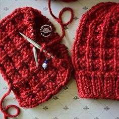 Ravelry: Wesley Cowl pattern by Phanessa Fong