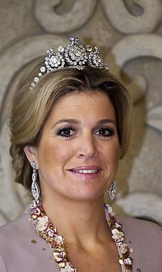 Queen Maxima of the Netherlands wearing Queen Emma's Diamond Tiara. The central diamonds can be replaced by rubies.