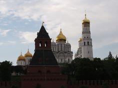 Unforgettable Moscow  http://noithatduckhang.com.vn/in-ban-ghe-phong-khach-69.aspx