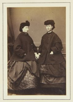 Princess Alice (Princess Louis of Hesse) and Princess Alexandra of Denmark [in Portraits of Royal Children Vol.6 1862-1863] | Royal Collecti...