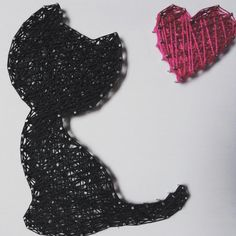 #cat #blackcat #lovecats #catlover #catlovers #kitty #kitten #lovemycat #pet #animal #black #heart #love #cute #wall #wallart #string #stringart #art #nail #nails #handcrafted #craft #handmade #madewithlove