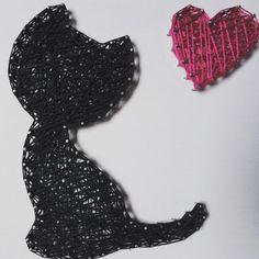 #cat #blackcat #lovecats #catlover #catlovers #kitty #kitten #lovemycat #pet #animal #black #heart #love #cute #wall #wallart #string #stringart #art #nail #nails #handcrafted #craft #handmade #madewithlove