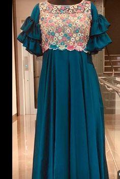 Designer Anarkali Dresses, Designer Dresses, Kurta Designs, Blouse Designs, Frocks And Gowns, Long Gown Dress, Kurta Neck Design, Sleeves Designs For Dresses, Frock Design