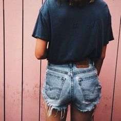 Jean shorts and navy blue t-shirt
