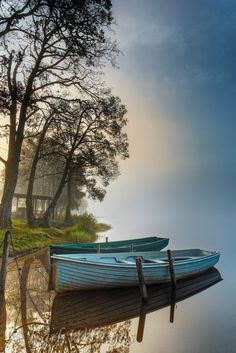 Landscape Pictures/Photographs of Loch Achray, Trossachs, Scotland A misty morning on the north shore of the loch looking east. Beautiful World, Beautiful Images, Foto Nature, Landscape Photography, Nature Photography, Float Your Boat, The Boat, Boat Art, Old Boats