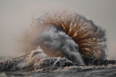 These Unbelievable Photos of Lake Erie Show How Powerful Nature Can Be  - CountryLiving.com