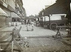 1890 - 42nd Street
