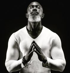 A Man that prays & works out is my kinda guy Tag him! Fine Black Men, Gorgeous Black Men, Handsome Black Men, Beautiful Men, Dark Man, Los Primates, Black Men Beards, Bald Men, African American Men