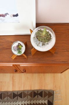 DIY | Mid Century inspired Plant Stand