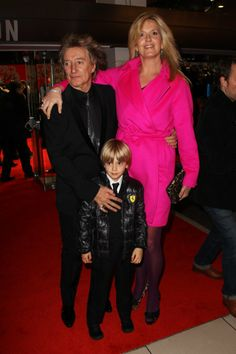 Rod Stewart and Penny Lancaster at event of Hugo (2011)