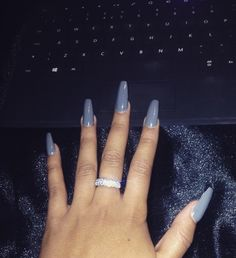 love - foam-and-diamonds:   Foam-and-Diamonds ︻╤─    X