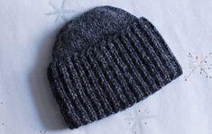 Muhkupipo miehelle tai naiselle joululahjaksi Quick Knits, Crochet Fashion, Beanie Hats, Beanies, Hats For Men, Headdress, Handicraft, Mittens, Knitted Hats