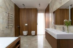 ДОМ В ПОСЕЛКЕ ПОЛИВАНОВО : Scandinavian style bathroom by Aleksandr Zhydkov architect