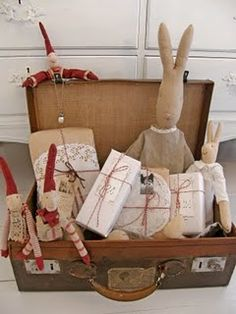 oooohhhh!  All the things I love - Brown paper and doilies, handmade toys and vintage suitcase