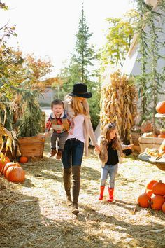 Family time at pumpkin patch Pumpkin Farm, Cute Pumpkin, Baby In Pumpkin, Pumpkin Spice, The Farm, Fall Family Pictures, Fall Photos, Family Pics, Family Picture Outfits