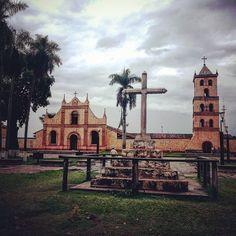 San Jose de los Chiquitos Chiquitania Bolivia #boliviantours Bolivia, Notre Dame, Mansions, House Styles, Building, Amazing, Travel, Home Decor, Saint Joseph
