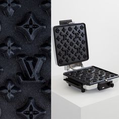 Fancy Food: Louis Vuitton Waffle Maker by Andrew Lewicki Louis Vuitton Handbags, Louis Vuitton Monogram, Lv Handbags, Designer Handbags, Gadgets, Things To Buy, Stuff To Buy, Design Blog, Waffle Iron