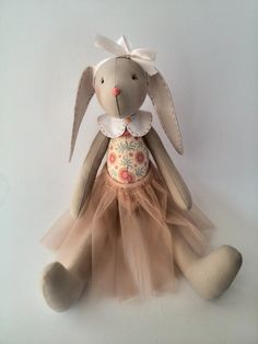 ♥ These dolls bunnies will be gorgeous gift for the two little sisters or girlfriends. At your request, the toy can be personalized. Send me the name of the baby, Ill do embroidery on the rabbit ear. Toy Made of of high quality cotton, stuffed with anti-allergenic filler. Hands and the legs are movable, the head sewn is securely. ♥ The price is for ONE rabbit, make a choice favorite color toys. ♥ Toys is out of stock, at its sewing goes by 3-5 days depending on the number of orders. ♥…