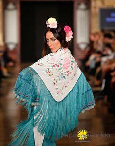 #Mantones bordados de Artesanía Textil en el desfile de #trajesdeflamenca de Pepa Garrido en We Love Flamenco 2014