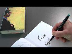 """Markus Feldenkirchen, Spiegel-Redakteur und Buchautor, stellt in einem """"LiteraturfilmExpress"""" seinen aktuellen Roman """"Keine Experimente"""" vor. Das Buch ist im Verlag KEIN & ABER erschienen."""