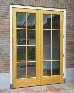 Houten buitendeuren op maat - Van Aarle Kozijnen Boxtel Garage Door Styles, Garage Doors, Windows, Seeds, Window, Carriage Doors, Ramen