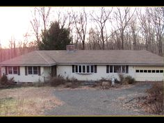 2590 Boston Post Rd (Guilford, CT 06437) - $199,900: One-level-living ranch home on secluded rear lot. existing drive-way is an extension of front-lot's driveway, but is not allowed to be used. legal access is 800x15' uncleared easement that is surveyed (flagged). must walk easement from rd for access. - Top End Properties