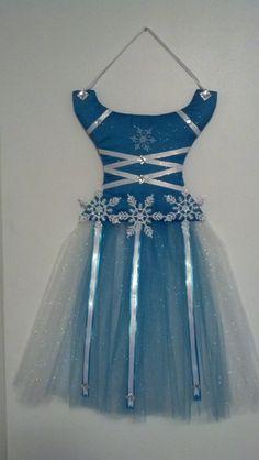 Disney's Frozen Inspired hair bow holder my friend made