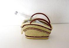 Vintage rattan bottle carrier / wicker woven basket / 60s bottle holder