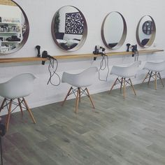 Scandinavian inspired hair salon that i designed More http://tracking.publicidees.com/clic.php?progid=2221&partid=48172&dpl=https%3A%2F%2Fwww.gifi.fr%2Fcuisine-art-de-la-table%2Frangement-deco-cuisine%2Fmeuble-de-cuisine.html