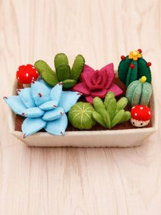Felt cactus DIY kit, pre-cut felt succulent garden DIY kit, pre-cut felt cactus DIY kit, handmade felt plants – My CMS Felt Diy, Handmade Felt, Felt Crafts, Diy Crafts, Pot Mason Diy, Mason Jar Crafts, Deco Cactus, Cactus Cactus, Cactus Flower