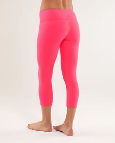 """Lululemon - hands down the BEST workout clothing money can buy."" Especially when you want to blind your workout buddies. Camouflage Leggings, Pink Leggings, Yoga Leggings, Leggings Store, Cheap Leggings, Workout Attire, Workout Wear, Pink Workout, Exercises"