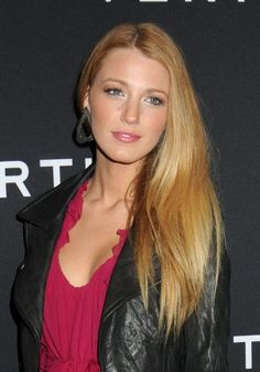 Blake Lively's long lashes makes every girl jealous :)