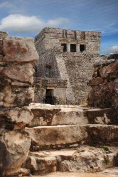 Tulum  was built around 1200 AD when the Maya civilization was already in decline.