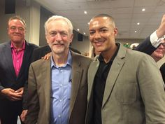 A joy to introduce our fantastic leader Jeremy to the @EofELabour event at #Lab15 this evening.