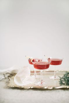 Cranberry-Ginger Fizz   The Blondielocks   Life + Style