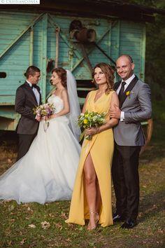 Andrada and Stefan – Fotografii de Nunta Bridesmaid Dresses, Wedding Dresses, Poses, Fashion, Bridesmade Dresses, Bride Dresses, Figure Poses, Moda, Bridal Wedding Dresses