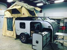 inTech Flyer Travel Trailer with Tepui Tent Teardrop Camper Trailer, Off Road Camper Trailer, Trailer Build, Camping Trailers, Tent Camping, Glamping, Diy Camper, Camper Ideas, Tepui Tent