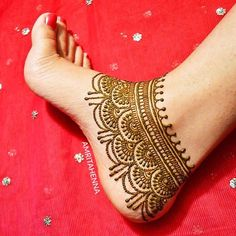 Henna Design Ideas – Henna Tattoos Mehendi Mehndi Design Ideas and Tips Dulhan Mehndi Designs, Mehandi Designs, Arte Mehndi, Mehndi Designs Feet, Legs Mehndi Design, Mehndi Designs For Girls, Unique Mehndi Designs, Mehndi Design Images, Anklet Designs