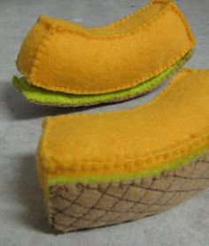 Magnetic Felt Food - 'Peelable' Cantaloupe Slice - Pattern!!
