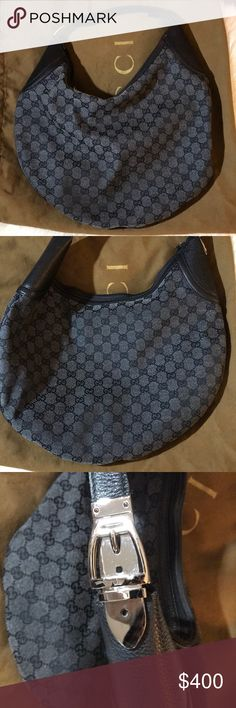 GUCCI purse Pre owned Gucci Black canvass purse. Good condition show minimal wear from rubbing but still pretty and good condition. H 15 X L 15 Gucci Bags Shoulder Bags